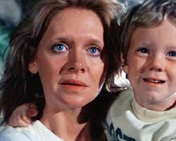 "Melinda Dillon as the mom in ""Close Encounters of the Third Kind"""